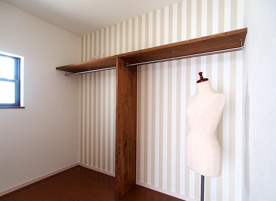 素材を感じるシンプル&ヴィンテージハウス09