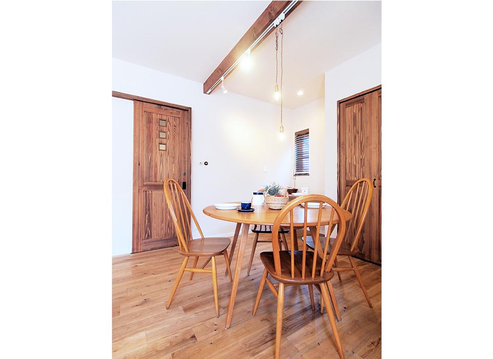 素朴で可愛らしいカフェスタイルハウス01