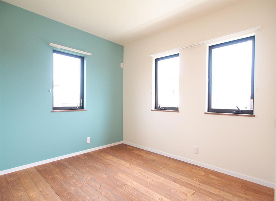 色使いが可愛いカリフォルニアスタイルの家08