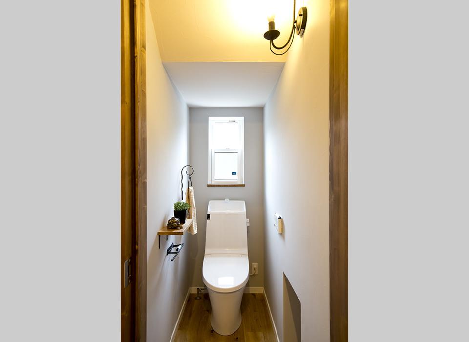 ヴィンテージスタイルの自然素材のかっこいい家10