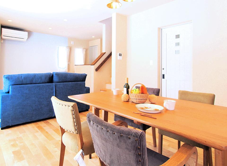 丁寧に暮らす。北欧カラーを愉しむ家05