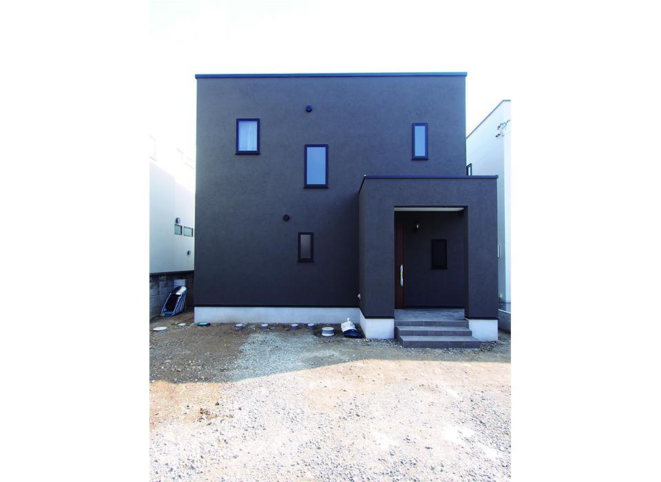 素材と色で遊ぶシンプルヴィンテージハウス10