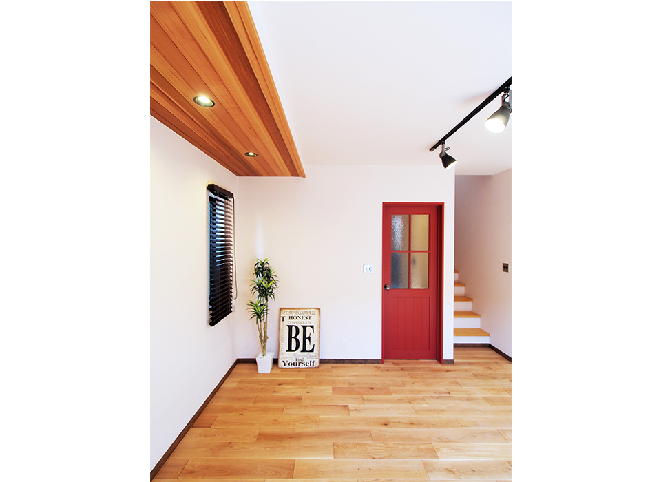 素材と色で遊ぶシンプルヴィンテージハウス01