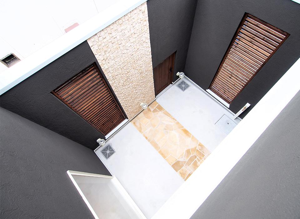 カラフル&カジュアルな北欧スタイルの家09