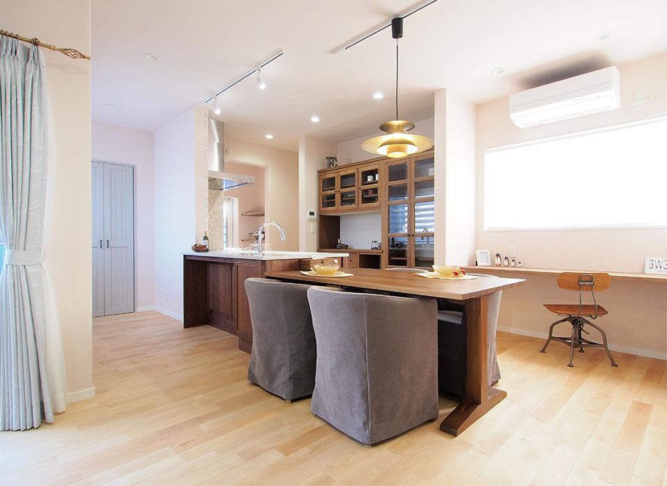 Simple&Naturalな北欧スタイルのお家01