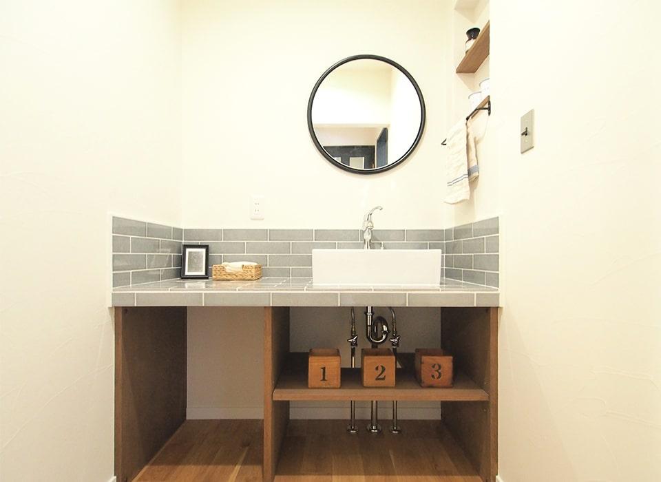 異素材を巧みに組み合わせたmixスタイルのお家06